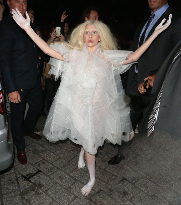 Lady Gaga does the Bride of Frankenstein in an outfit that\'s scarily ...