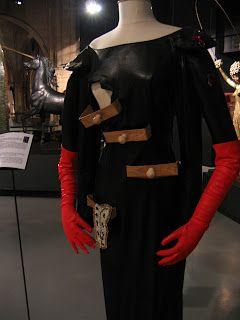 1936 Elsa Schiaparelli desk suit에 대한 이미지 검색결과