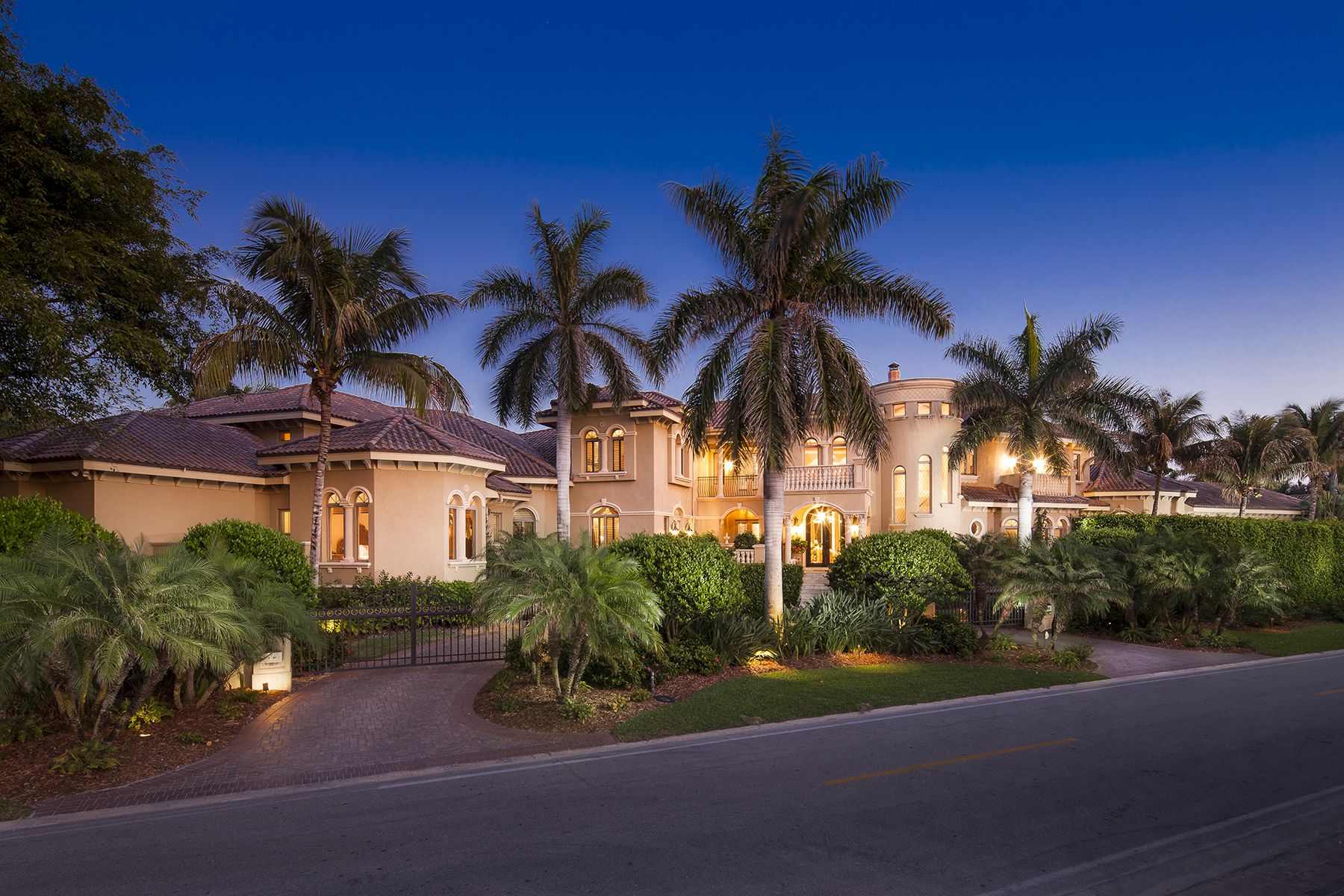 Premier Sotheby S International Realty Florida Mansion Mediterranean Mansion Mansions