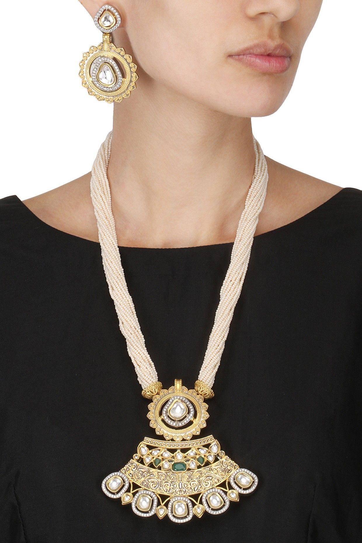 Auraa trends antique gold finish kundan studded pendant set shop