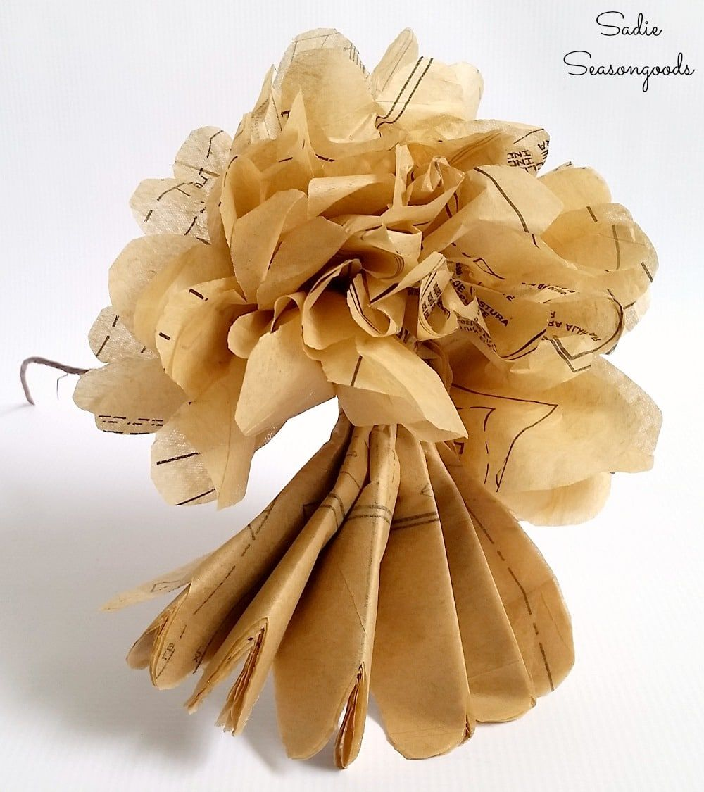 Big Paper Flowers that Look Like Dried Hydrangeas with Sewing Patterns