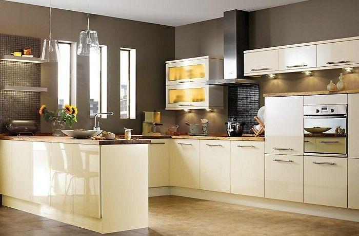 Küche streichen \u2013 60 Vorschläge, wie Sie eine cremefarbene Küche - küche in dachschräge