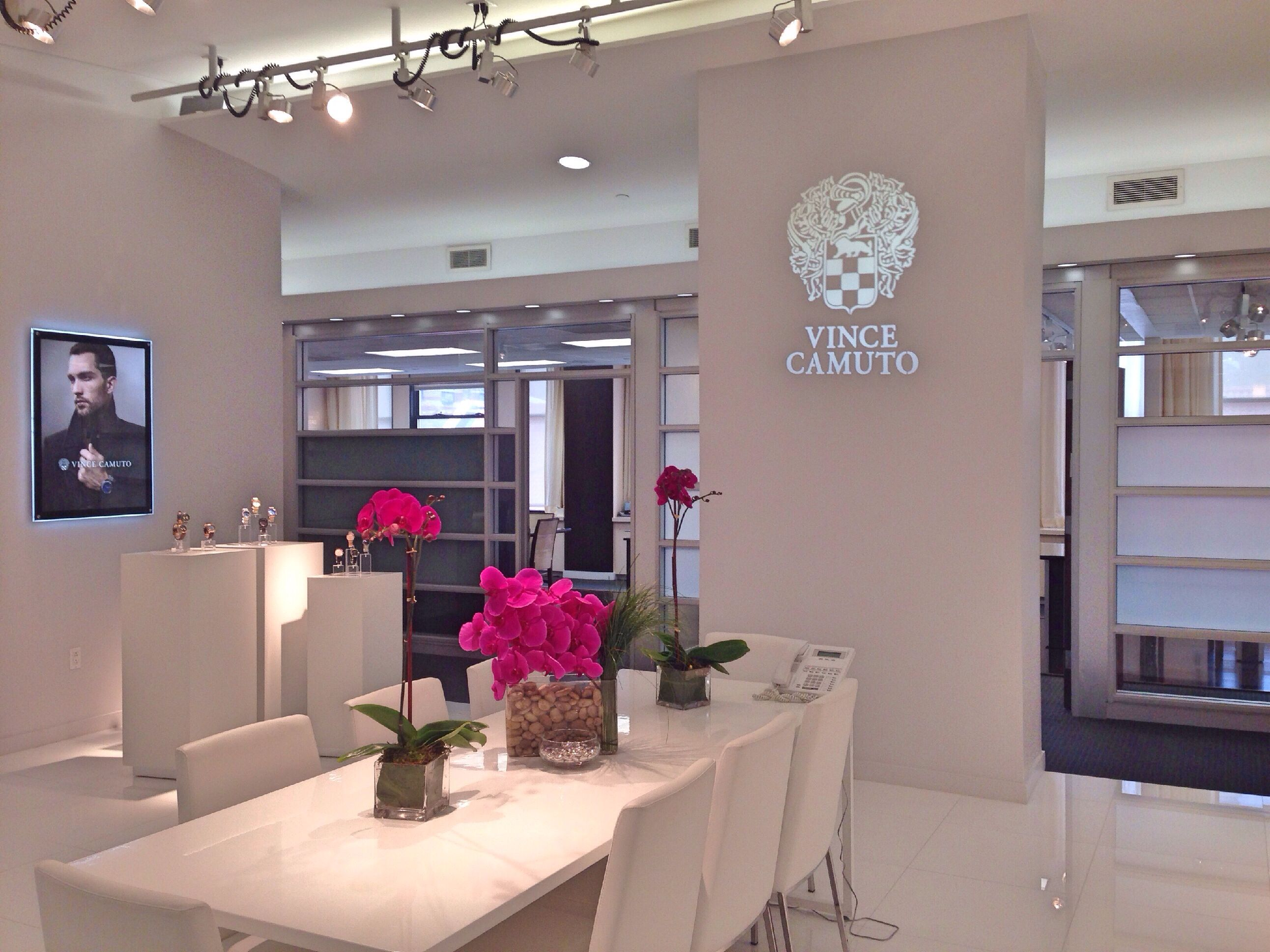 The Vince Camuto Showroom During Market Week Home Decor Nyc Apartment Design