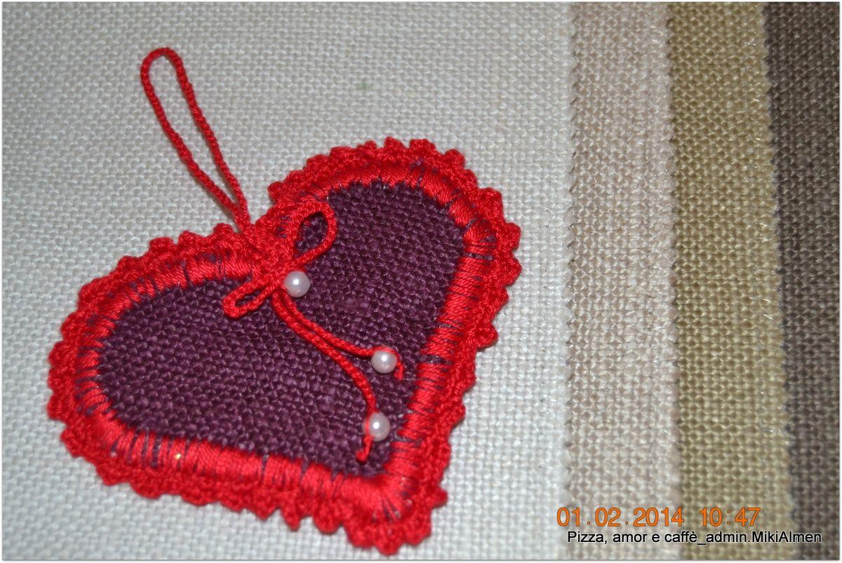 cuoricini all'uncinetto_ Felice San Valentino! <3