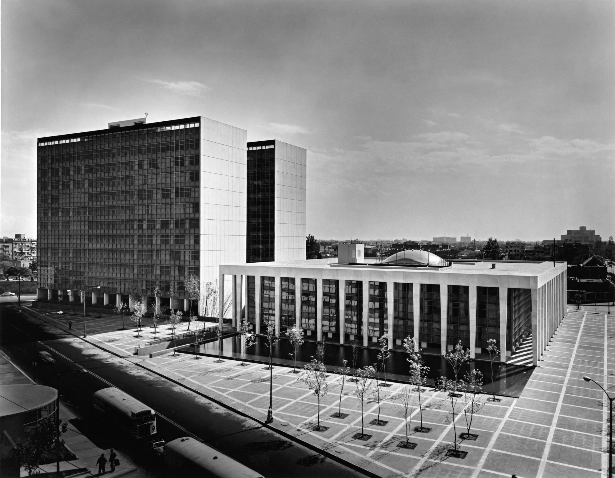 Palacio de Justicia, México, DF - Juan Sordo Madaleno - foto: Guillermo Zamora