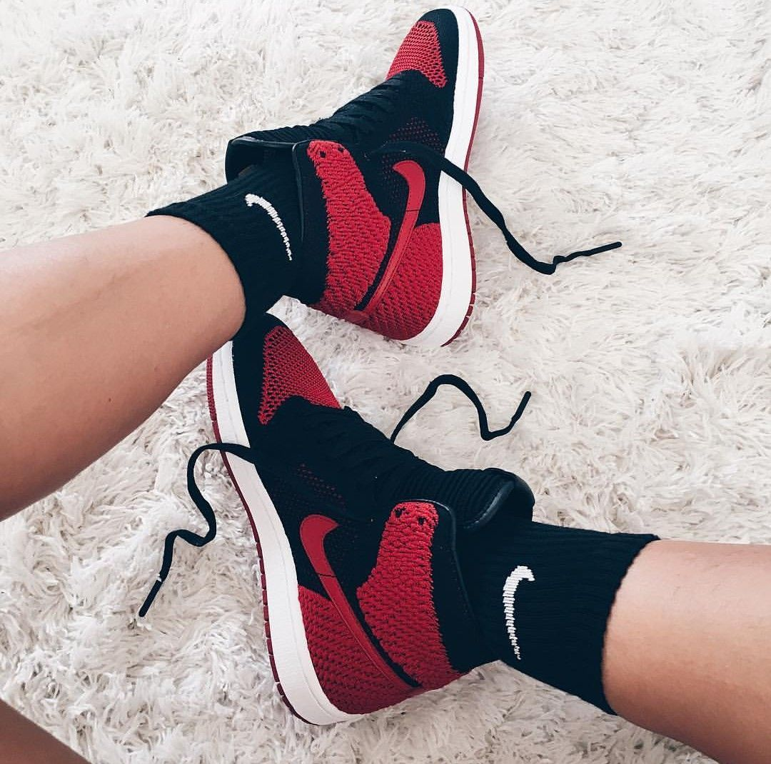 buy popular 94021 aac37 Nike Air Jord!n in red black white rot schwarz weiß   Photo by  genevievechanel  Instagram