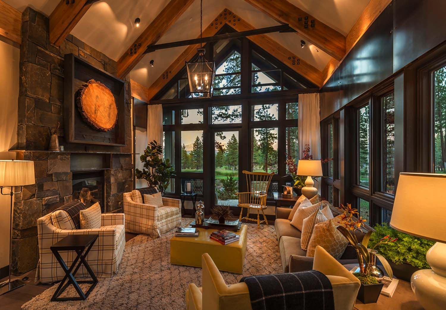 Rustic Mountain House With A Modern Twist In Truckee California Mountain House Beach House Decor Mountain House Decor