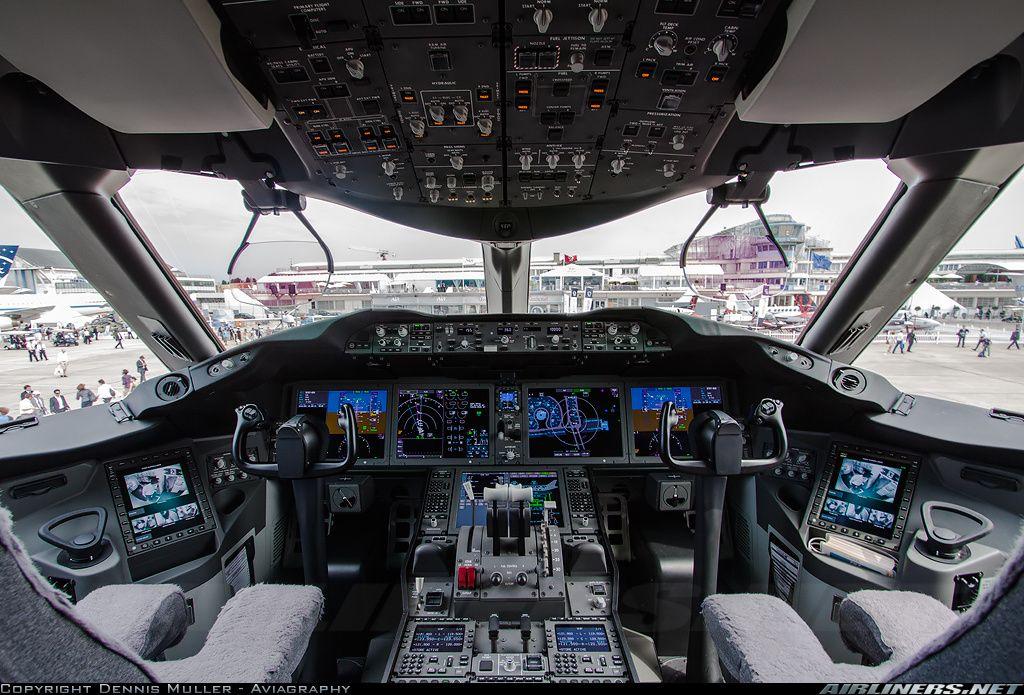 Boeing  Dreamliner Cockpit Tour
