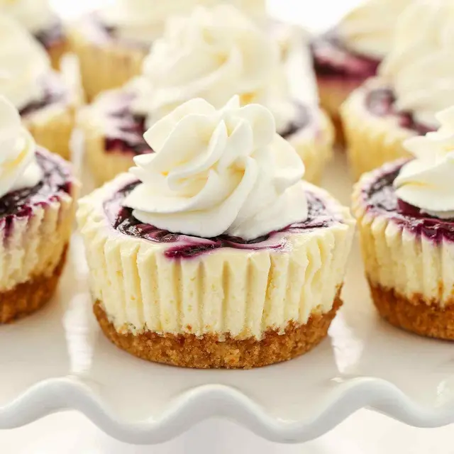Mini Lemon Blueberry Cheesecakes Recipe | Yummly