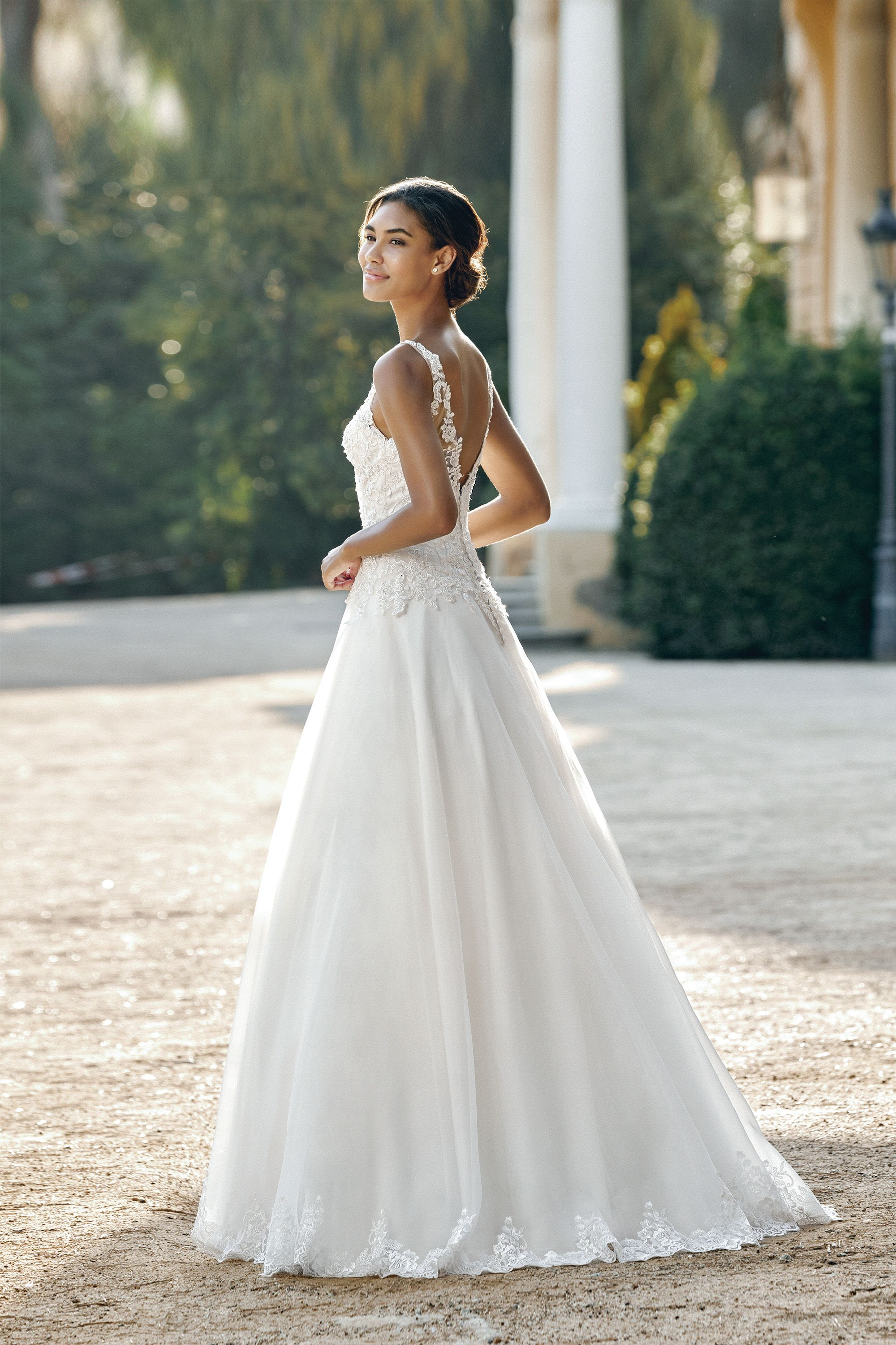 Reveal the Romance With Sincerity Bridal By Justin Alexander