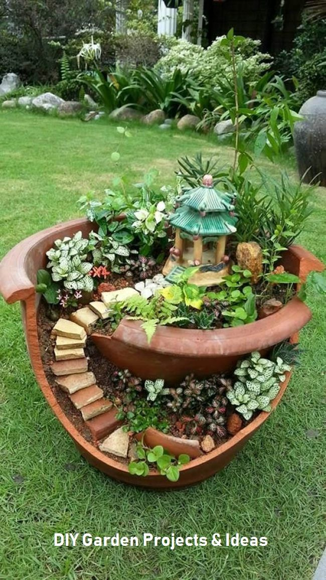 39 Cheap And Easy Diy Garden Ideas Everyone Can Do Fairy Garden Pots Broken Pot Garden Miniature Garden