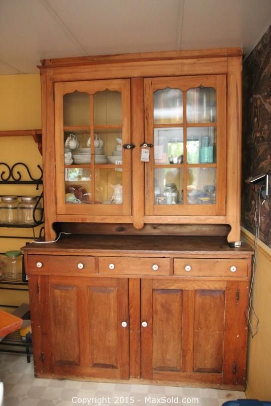 MaxSold   Auction: Oakville Downsizing Online Auction   Country Kitchen  Cabinet
