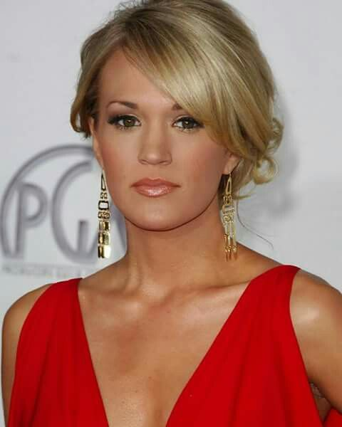 Happy Birthday Carrie :) Storyteller & Blown Away Tour :) Have a Beautiful Day :)