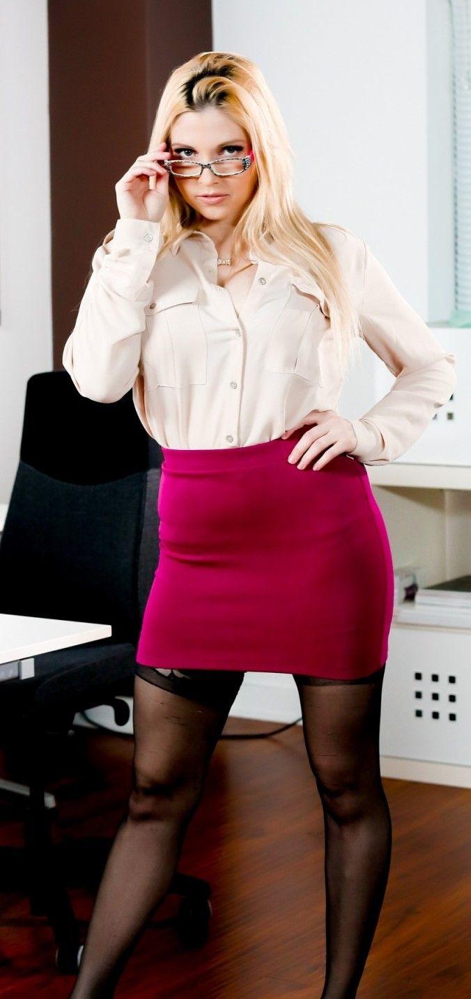 Christie Stevens | glasses | Pinterest