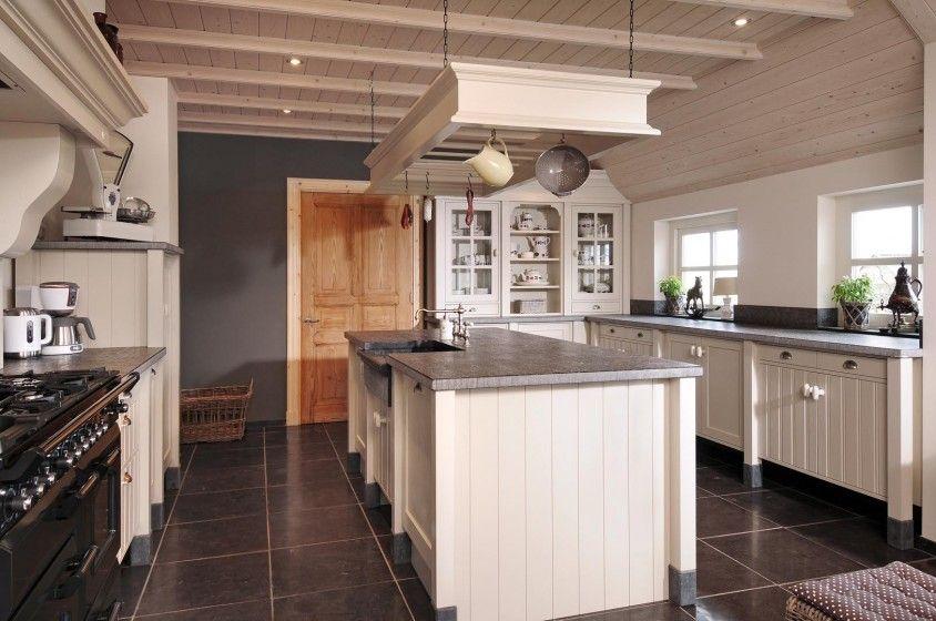 Landelijke keukens nostalgische keukens moderne keukens greeploze keukens k i t c h e n s for Deco moderne keuken