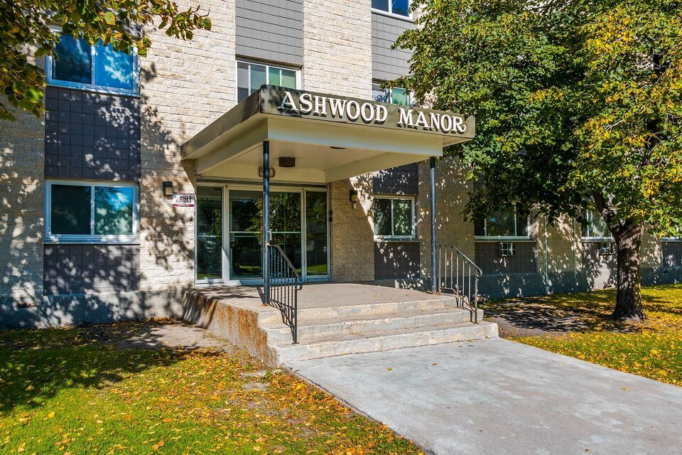 1 2 Bedroom Suites Available In East Kildonan At 50 Prevette Apartments Condos For Rent Winnipeg Kijiji Manor Apartments Condos For Rent Condo