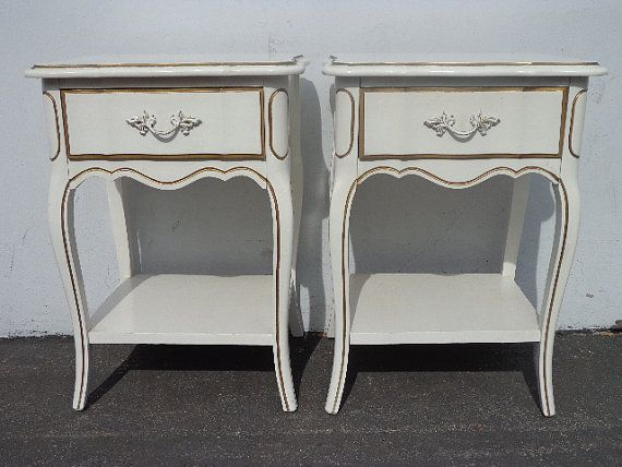2 vintage french provincial nightstands dixie by dejavudecors