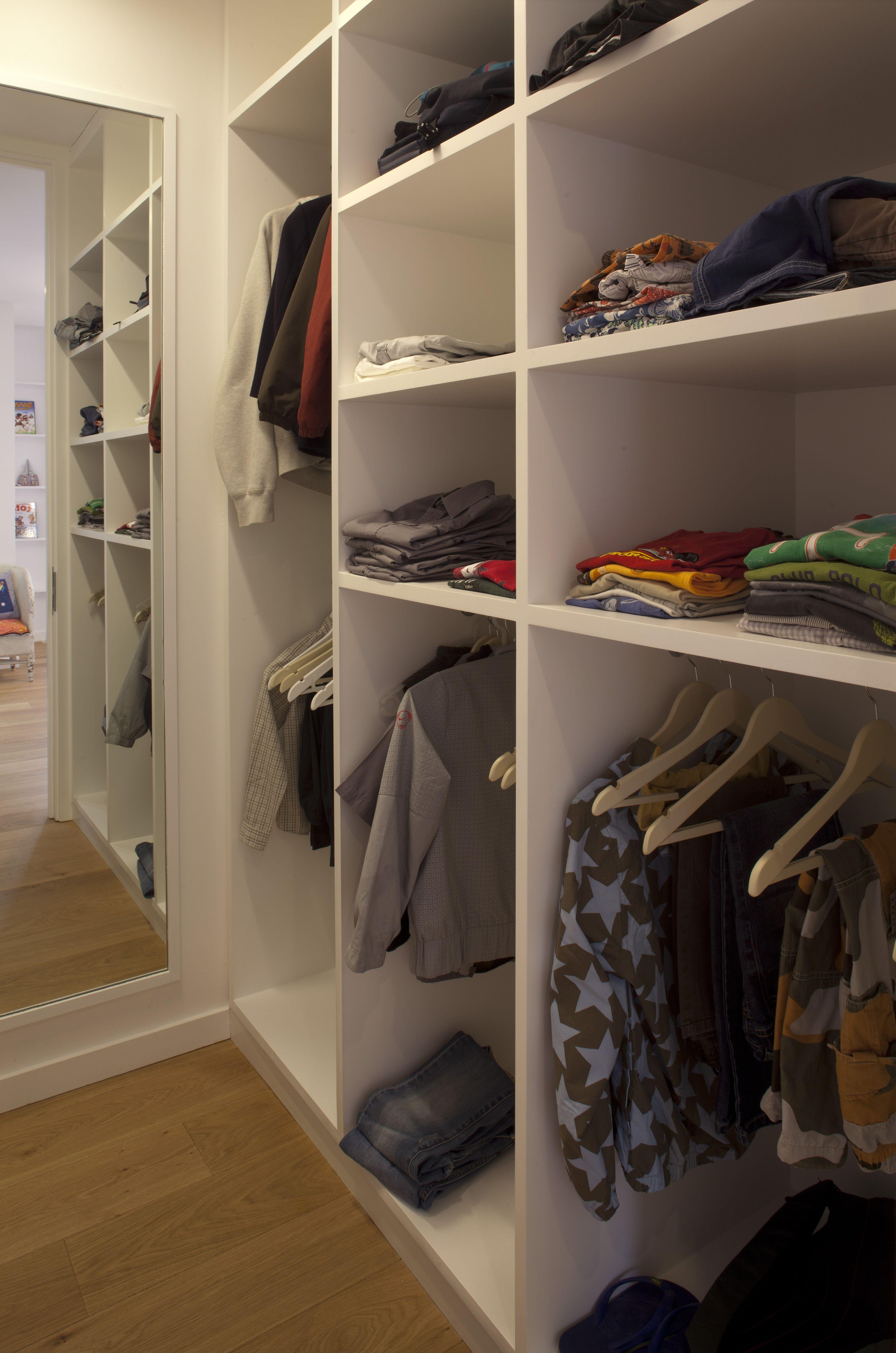 Wardrobe storage Private House
