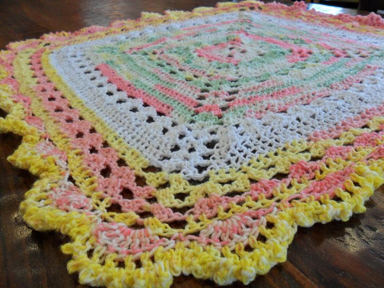 Valis Crochet Moment New Pattern For Valis Circular Crochet Shawl