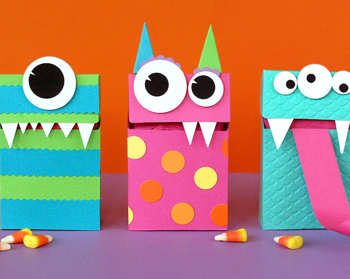 halloween monster treat bags definitely the inspiration for my monster invitations - Pinterest Halloween Treat Bags