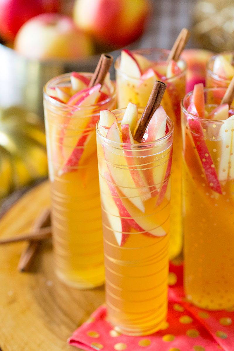 Sparkling Apple Cider Sangria Recipe - Easy & Delish