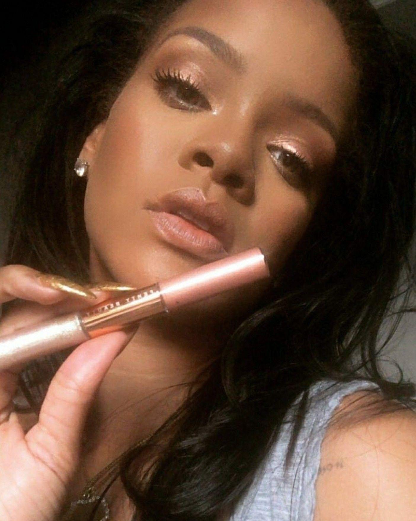 Pin by Nadeen jackson on idols | Rihanna makeup, Rihanna