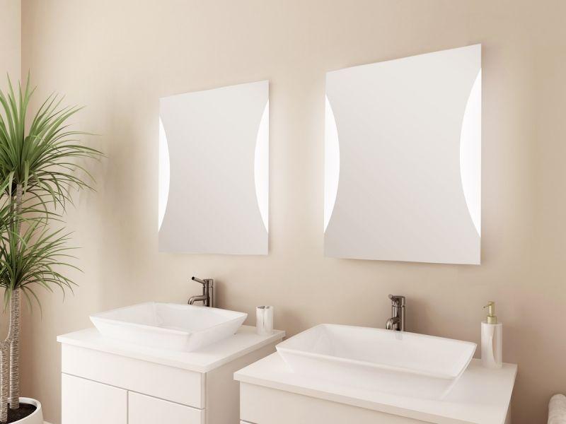 Dekorativer Badezimmerspiegel SEGMEA mit hinterleuchteten