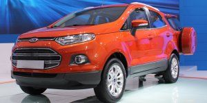 Ford Ecosport With Sunroof To Launch In India Soon Ford Ecosport Bike News Automobile Industry