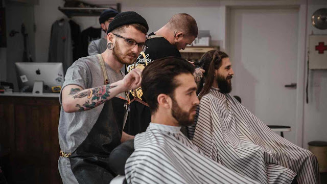 How To Choose The Best Hair Salon For Men Near You Mens Hair Salon Best Hair Salon Cool Hairstyles