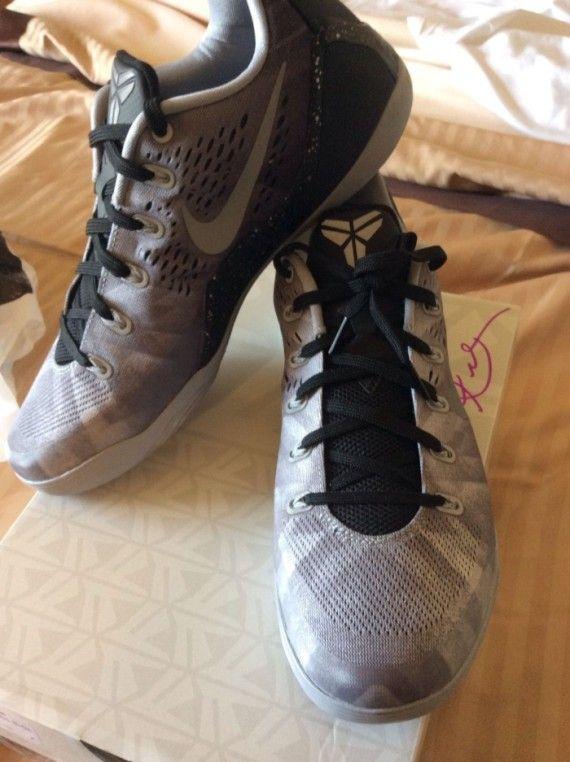 5b5b081c773c nike kobe 9 em premium black metallic silver 02 570x762 Nike Kobe 9 EM  Premium Black Metallic Silver