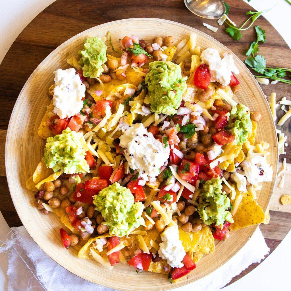5 Delicious Vegetarian Dinner Recipes In 2020 Vegetarian Nachos