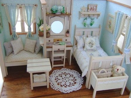 4 dollhouses pinterest puppenstube miniatur und puppen. Black Bedroom Furniture Sets. Home Design Ideas