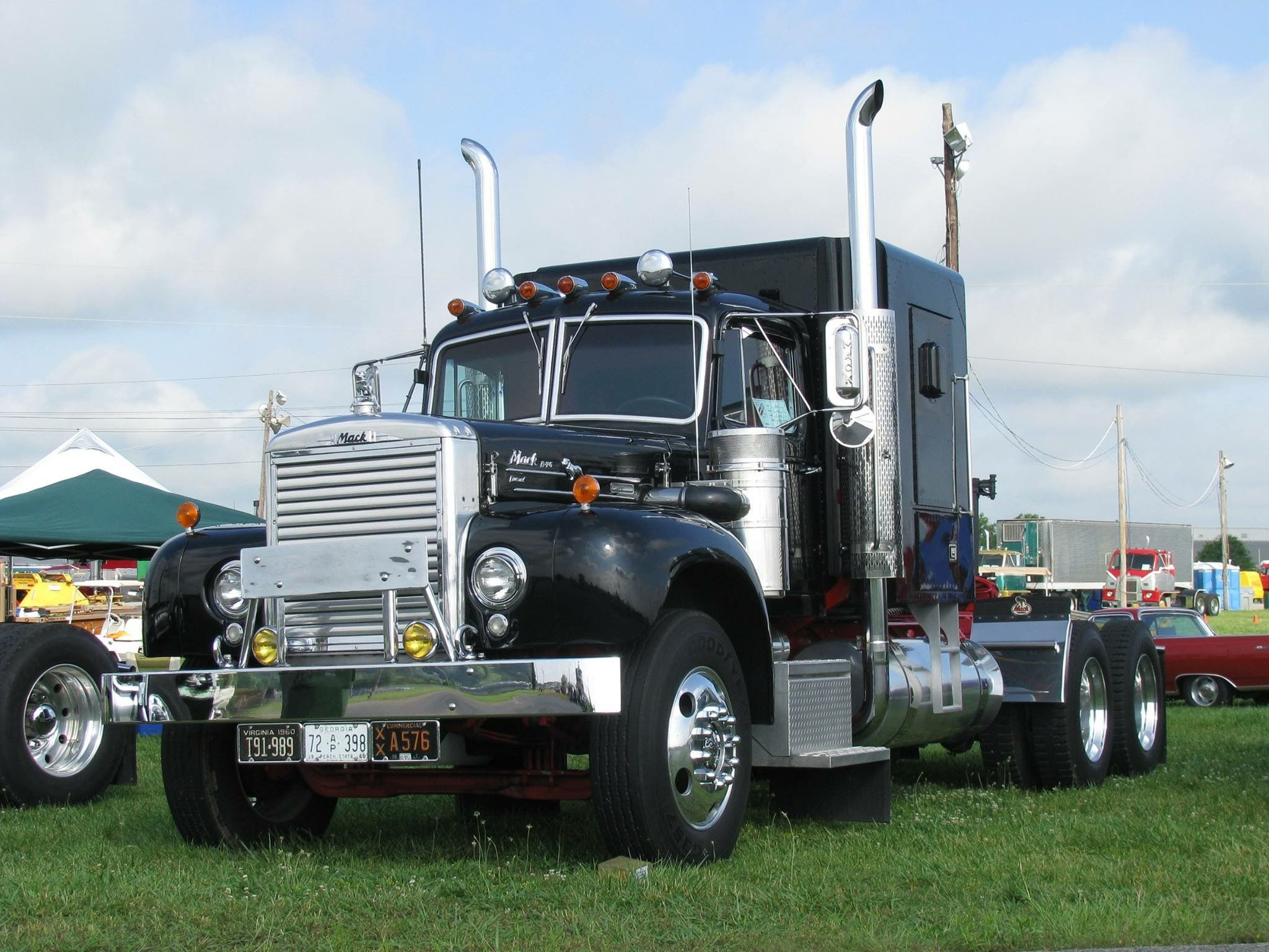 B75 Mack Us Trailer Can Rent Used Trailers In Any Condition To