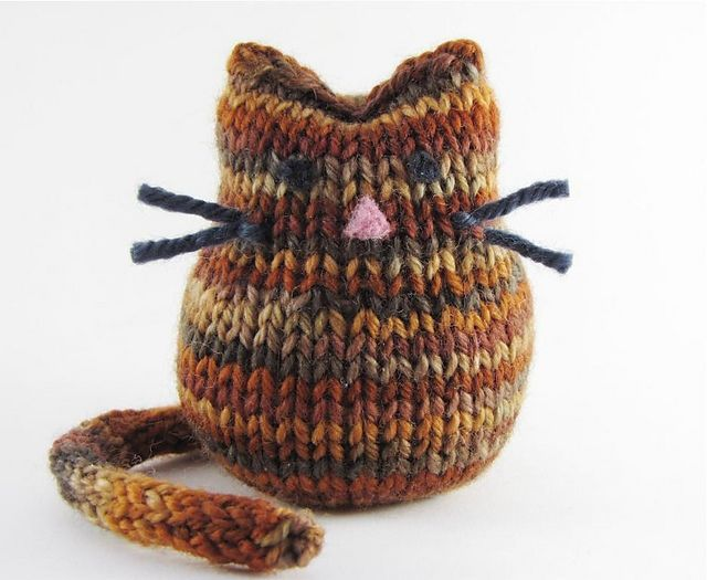 Free knitting pattern for Beans the Cat and more cat knitting ...