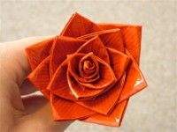 How to make a duct tape flower pen.