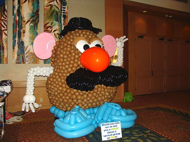 Mr potato head made out of balloons too cool for Cool things to do with balloons