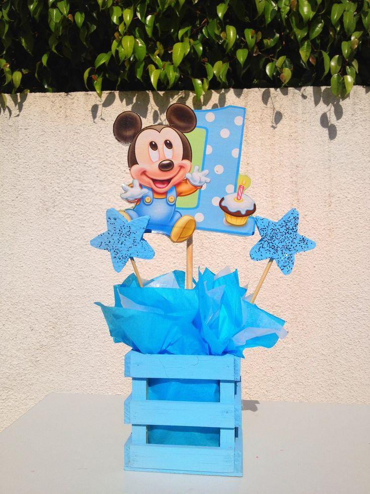 Cumpleaños De Mickey Mouse Baby Http Tutusparafiestas Com Cumpleanos Mickey Mouse Bab Mickey Mouse Centerpiece Mickey Mouse 1st Birthday Mickey 1st Birthdays