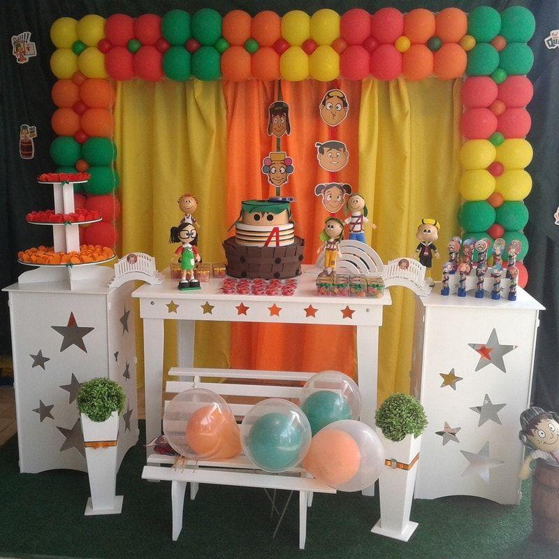 Painel de decoraç u00e3o para aniversário do Chaves chaves Pinterest Theme ideas, Fiestas and  -> Decoração Simples De Aniversário Com Tnt
