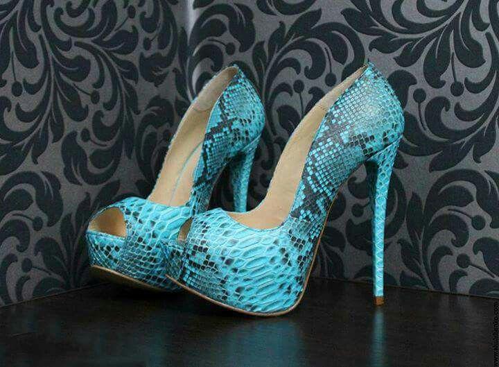 Blue snake skin print heels
