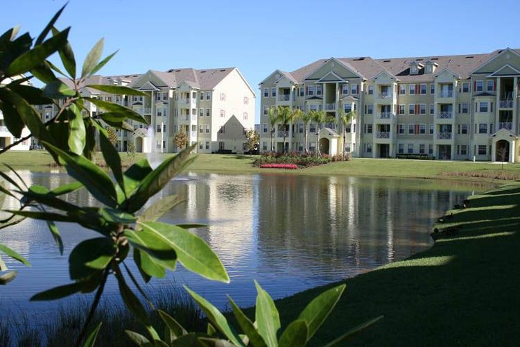 Outstanding Location Close To Shopping Attractions Parks And Restaurants Cane Island In Kissimmee Kissimmee Orlando Holiday Vacation Condos