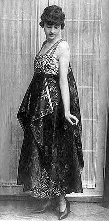 Vestido de noche wikipedia