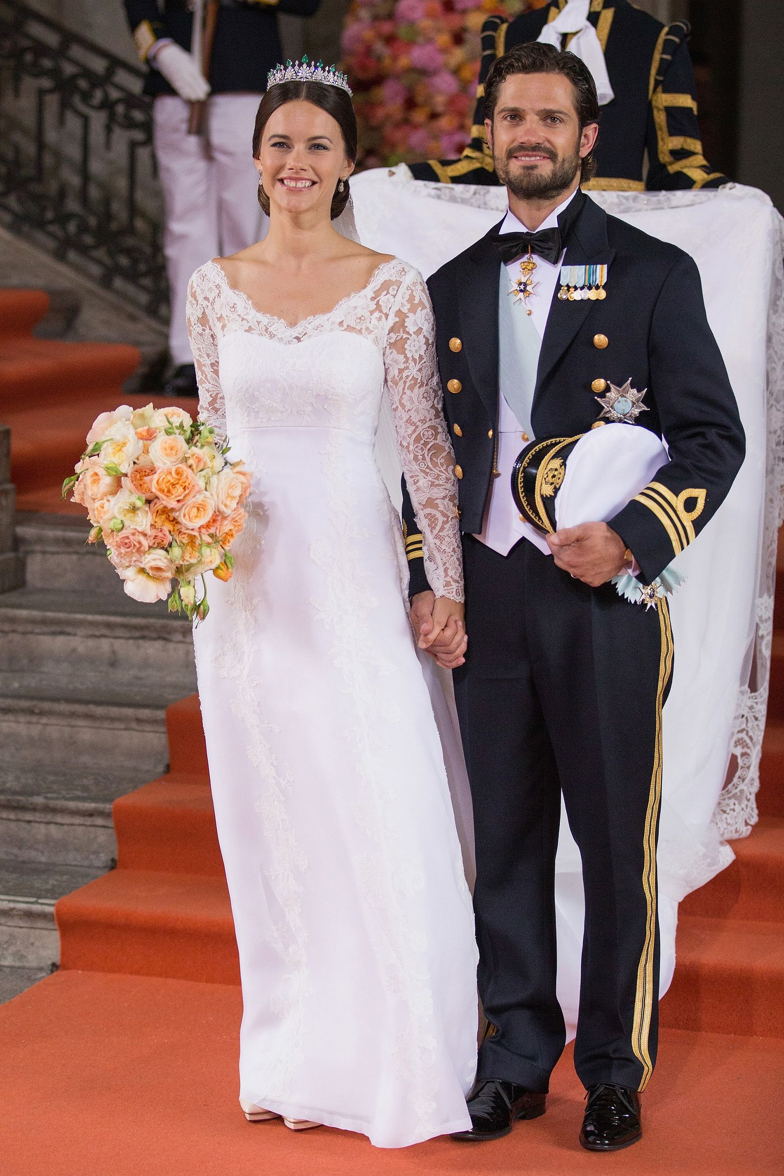 The Most Iconic Royal Wedding Gowns Of All Time In 2020 Royal Wedding Gowns Royal Wedding Dress Celebrity Wedding Dresses [ 2400 x 1600 Pixel ]
