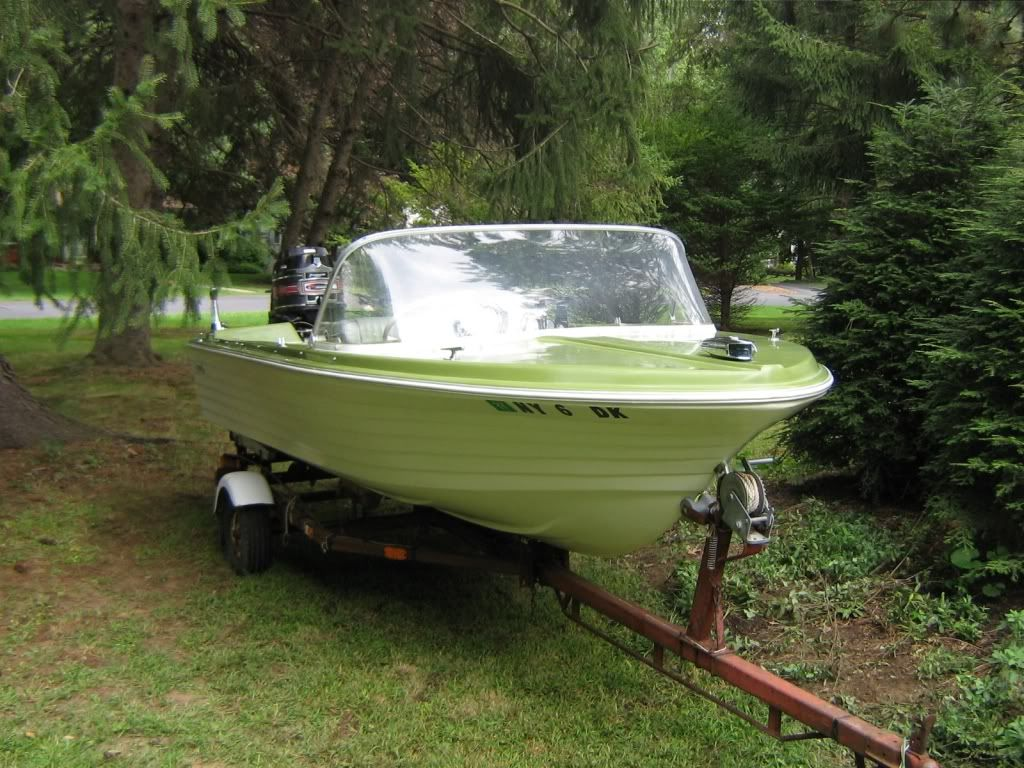 59 Funliner Runabout Boat Trailer Winch
