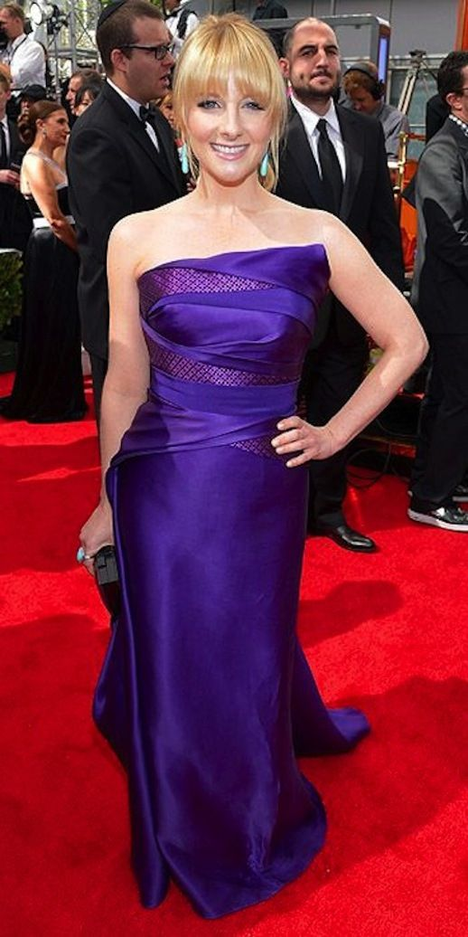MELISSA RAUCH WEARING RUBIN SINGER AT THE 65th ANNUAL PRIMETIME EMMY ...