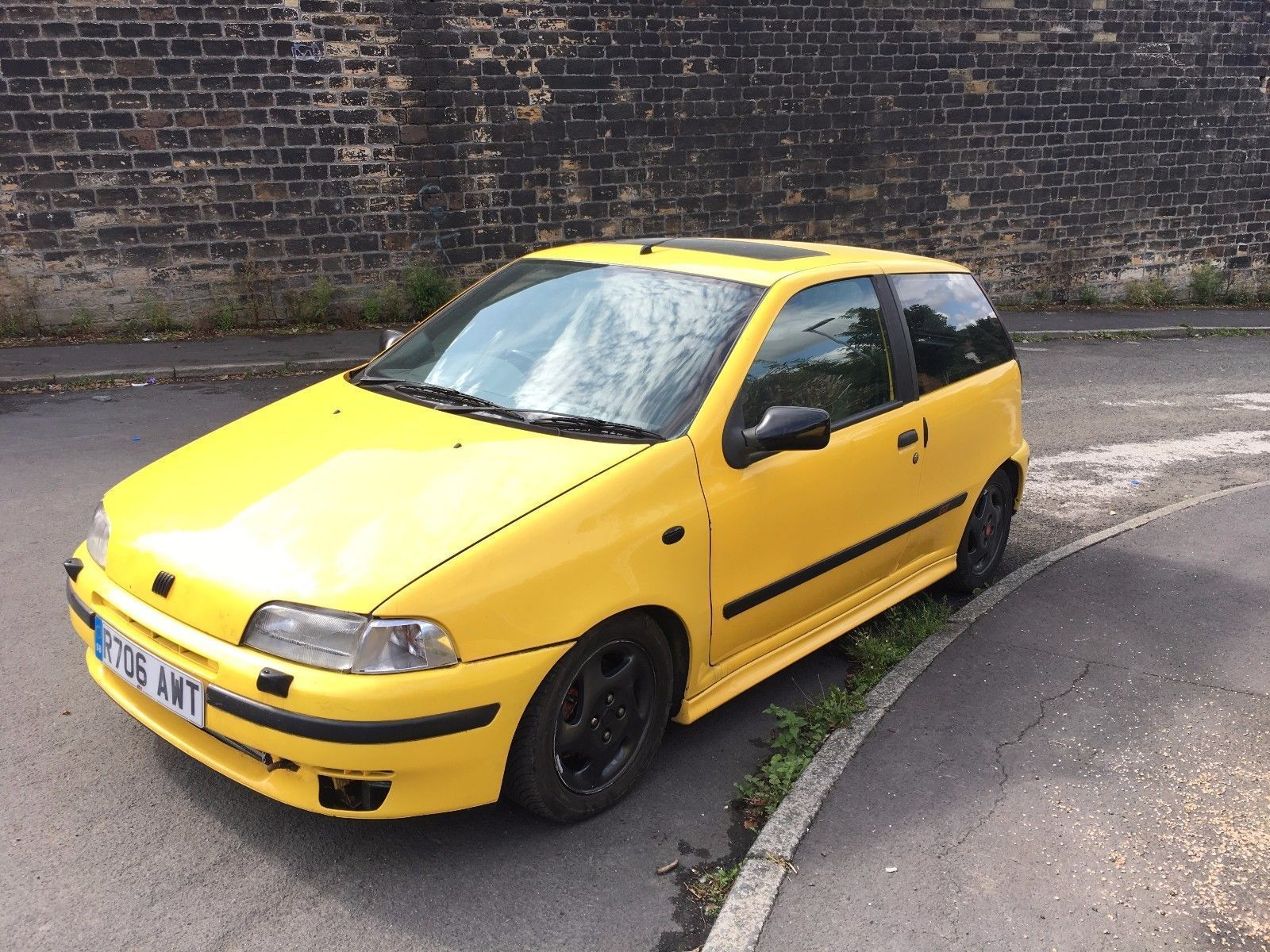 this fiat punto gt turbo gt yellow project car spares or repairs px welcome is for sale 80s. Black Bedroom Furniture Sets. Home Design Ideas