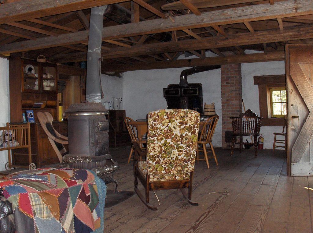 Inside The Sod House On The Prairie Sanborn Mn House Inside