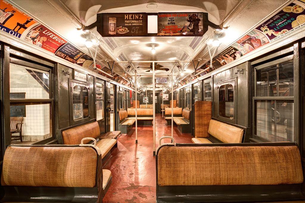 Brt Standard Car 2204 Credit Black Paw Photo Viaje En El Tiempo Nueva York Tren