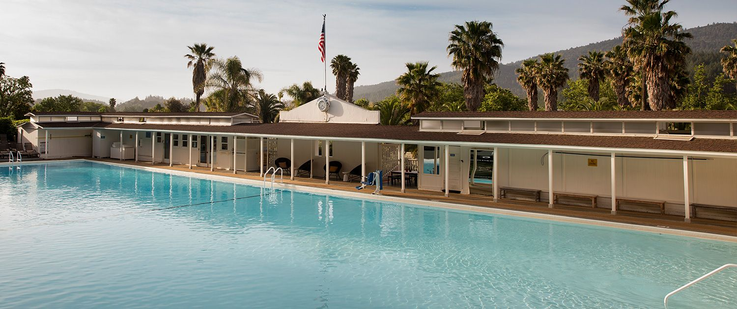 Hotels In Calistoga Ca Mineral Pool Indian Springs Resort Spring Resort Indian Springs Building A Pool