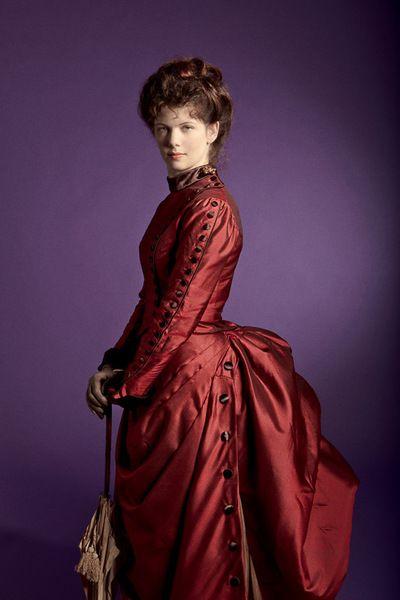 Muriel Robe à tournure 1880 Création d'une robe de jour