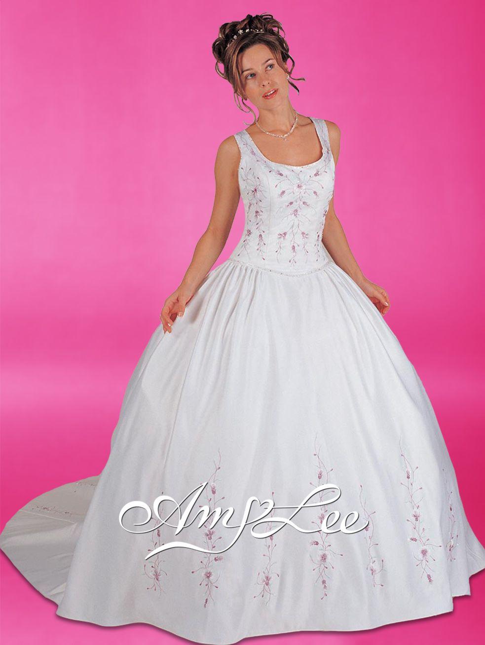Disney Princess Wedding Dress Disney Princess Wedding Dresses Disney Princess Wedding Wedding Dresses [ 1308 x 983 Pixel ]